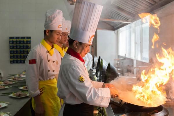 海口厨师短期培训速成班